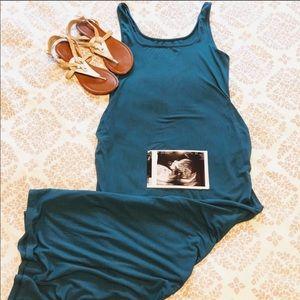 Old Navy maternity side slit maxi dress size small